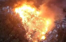 Cháy lớn tại khu ổ chuột Favela tại Brazil