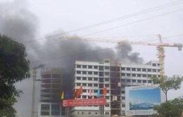 Cháy lớn ở bệnh viện Nhiệt đới Trung ương thiêu rụi 500 chiếc điều hòa