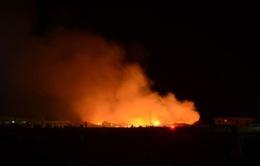 Tây Ninh: Cháy lớn thiêu rụi 4ha nhà xưởng nhà máy giấy