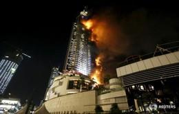 Tòa nhà 63 tầng tại Dubai cháy kinh hoàng trước thời khắc giao thừa