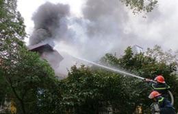 Cháy lớn trên phố Phùng Hưng, Hà Nội