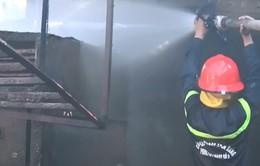 Đà Nẵng: Cháy lớn kho hàng công ty thủy sản, thiệt hại hàng tỉ đồng