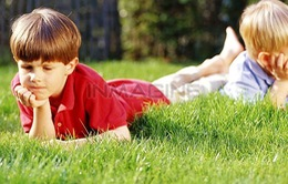 Cha mẹ nên làm gì khi con cái bất hòa?