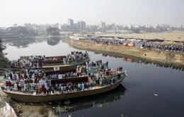 Chìm phà thảm khốc tại Bangladesh, 30 người chết và mất tích