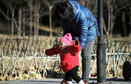 Nhiều cặp vợ chồng Trung Quốc chọn cách thụ tinh nhân tạo để có thêm con