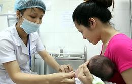 Tiêm chủng vaccine phòng bại liệt mở rộng cho trẻ từ quý III/2016