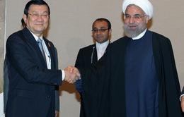 Chủ tịch nước và Tổng thống Iran họp báo chung