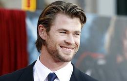 """""""Thần sấm Thor"""" Chris Hemsworth sẽ là James Bond kế tiếp?"""