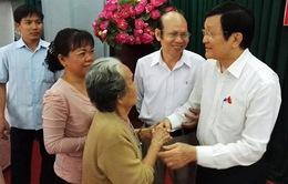 Chủ tịch nước Trương Tấn Sang tiếp xúc cử tri TP.HCM