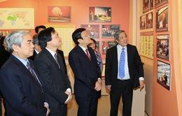 Chủ tịch nước làm việc tại Đại học Quốc gia Hà Nội