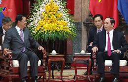 Chủ tịch nước Trần Đại Quang tiếp Thủ tướng Campuchia Hun Sen