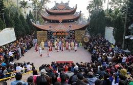 5 vạn khách trẩy hội chùa Hương ngày khai hội