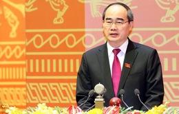 Chủ tịch Nguyễn Thiện Nhân trình bày tham luận đóng góp vào văn kiện Đại hội Đảng XII