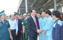 Chủ tịch nước thăm Trung đoàn Không quân 925