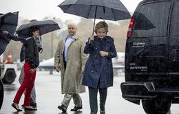 Mỹ: Văn phòng bà Clinton sơ tán khẩn vì chất bột trắng
