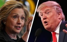 """Hillary Clinton """"tung"""" công cụ so sánh với Donald Trump"""
