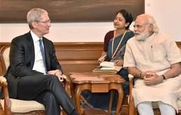 """Tim Cook """"dọn đường"""" cho tương lai của Apple tại Ấn Độ"""