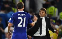 Những sắc thái của HLV Antonio Conte trong trận đầu tiên dẫn dắt Chelsea