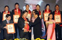 Lễ công bố 500 doanh nghiệp đạt chứng nhận Hàng Việt Nam chất lượng cao
