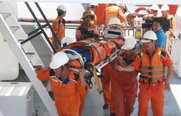 Cứu thuyền viên bị nhồi máu cơ tim trên biển