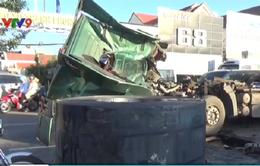 Bà Rịa - Vũng Tàu: Rơi cuộn thép nặng hàng chục tấn trên Quốc lộ 51