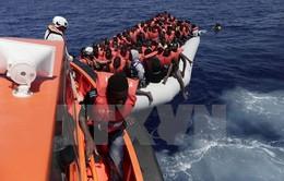 Italy cứu thêm hơn 2.000 người trên biển Địa Trung Hải