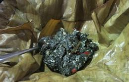 Thưởng thức rêu đá nướng đặc sản đồng bào dân tộc Thái