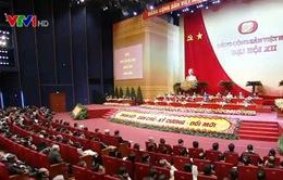 Các đại biểu đóng góp tham luận về đối ngoại, hội nhập kinh tế