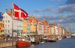 """Đan Mạch """"soán ngôi"""" Thụy Sĩ, trở thành nước hạnh phúc nhất thế giới"""