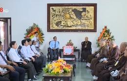 Lãnh đạo tỉnh TT-Huế chúc mừng Đại lễ Phật đản