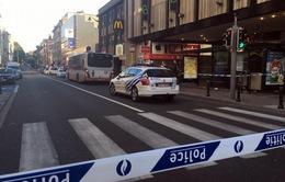 Tấn công bằng dao nhằm vào cảnh sát tại Molenbeek