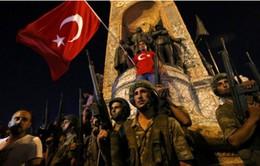 Đảo chính ở Thổ Nhĩ Kỳ: Tổng thống kêu gọi người dân xuống đường biểu tình phản đối