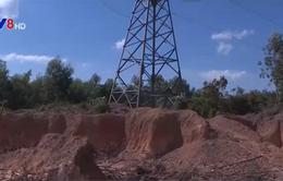 Quảng Trị: Ồ ạt khai thác đất trái phép dưới hành lang an toàn lưới điện