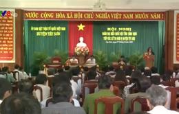 Đồng chí Vương Đình Huệ tiếp xúc cử tri tỉnh Bình Định