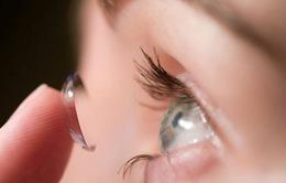 Đeo kính áp tròng cứng có điều trị được cận thị?