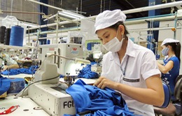 Tăng lương tối thiểu tác động mạnh tới sức cạnh tranh của dệt may Việt Nam
