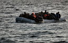 Italy giải cứu 2.400 người di cư trên biển Địa Trung Hải