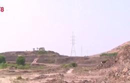 TT-Huế: Ồ ạt khai thác đất trái phép dưới hành lang an toàn lưới điện