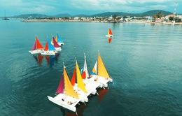 Mãn nhãn màn trình diễn thuyền buồm trên sông Nhật Lệ