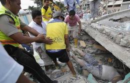 Ban bố tình trạng khẩn cấp sau động đất ở Ecuador làm 246 người chết