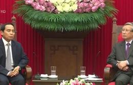 Đồng chí Trần Quốc Vượng tiếp Chủ nhiệm Ban Kiểm tra Trung ương Lào