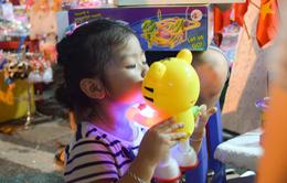 Cảnh giác với đồ chơi trung thu cho trẻ nhỏ