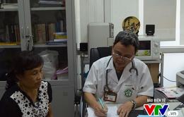 Người bác sĩ chiến đấu với ung thư phổi giai đoạn cuối suốt 5 năm