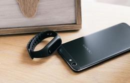 Trào lưu smartphone màu đen tiếp tục nở rộ với OPPO F1s