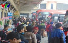 Người dân từ Thủ đô hối hả về quê nghỉ Tết Nguyên đán