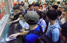 Chen chúc chờ mua vé xe về nghỉ lễ Giỗ tổ Hùng Vương