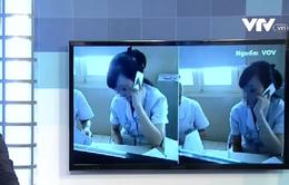 """Xác minh thông tin vụ dân xếp hàng chờ nhân viên y tế """"buôn"""" điện thoại"""