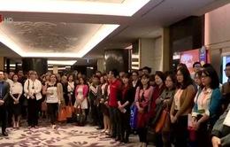 10 tân thạc sĩ Việt Nam được nhận bằng MBA tại Canada