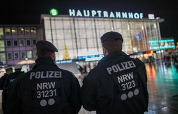 Đức xác định 16 nghi can tấn công phụ nữ trong đêm Giao thừa