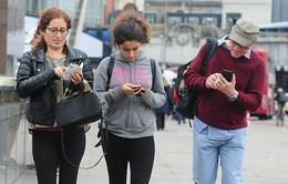 Thái Lan sẽ  theo dõi du khách nước ngoài qua sim điện thoại